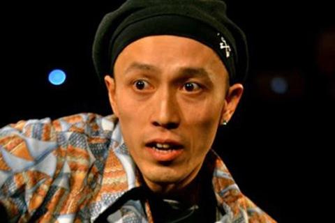 ダンサー KOSIO