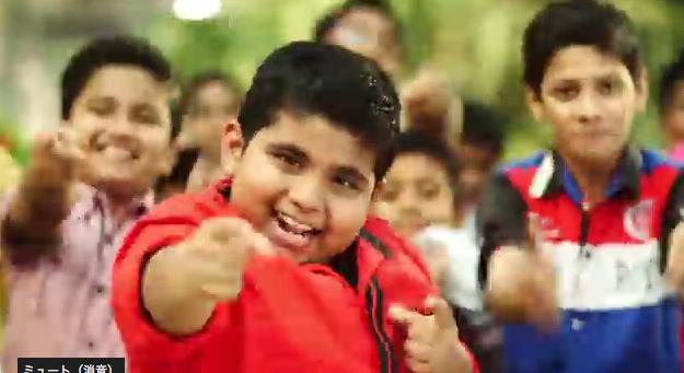 『ぱりんこ』のインドCMの8歳の天才ダンサーが絶妙!